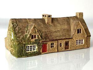 N Gauge Stone Cottages Resin