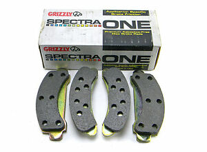 SET OF 4  NEW SPECTRA ONE  SR326  FRONT  PREMIUM  DISC BRAKE PADS