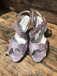 Sabrina Chic, size 37,4 ,strappy sandal, heeled,lilac snake,leather,slight fade