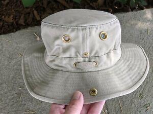 The Tilley Hat - Tilley Endurables sz 7 1/4 Hiking Outdoor - Khaki Cotton