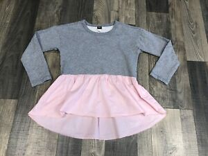 Tea Collection Girls Gray Sweatshirt with Pink Ruffle Trim Size 8 EEUC