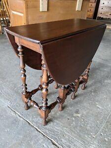 Ornate Oval Drop Leaf Gate Leg Table