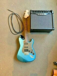 Electric Guitar Combo - SQUIER by Fender Affinity + Spider Classic 15 Line 6