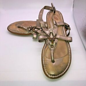 NURTURE Size 8 Gold Leather Women's T-Strap Flat Sandals Back Buckle