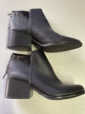 Vera Wang Womens Black Ankle Boot Size 8 M