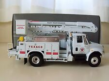 FIRST GEAR - TEXACO - PORT ARTHUR  - INTERNATIONAL 4400 / BOOM / BUCKET TRUCK