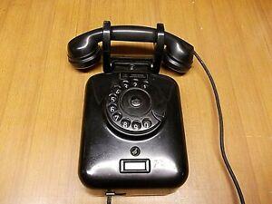 TELEFONO DA MURO VINTAGE MARCA SIEMENS 5910 IN BACHELITE NERO A DISCO