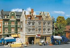 Faller 130456 Stadthaus in Renovierung