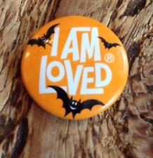 "HALLOWEEN BATS ""I AM LOVED"" METAL PIN BACK Button Helzberg 1"""