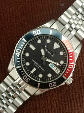 PRE-OWNED SEIKO DIVER 7S26-0050 SKX025J 10BAR AUTOMATIC MEN'S WATCH S.N 714428
