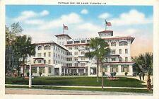 De Land Florida~Putnam Inn Hotel~Palm Trees~Men on Walk~1930s Linen Postcard