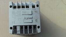TRANSFORMATEUR de SECURITE  Pri: 230/400V; Sec: 24VAC 260VA  4A LEGRAND 42303