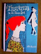 """""""Theater in der kleinen Stadt"""" von Lilo Hardel"""
