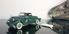 Franklin Mint Precision Models 1/24 Scale Dark Green 1936 Ford Deluxe cabriolet