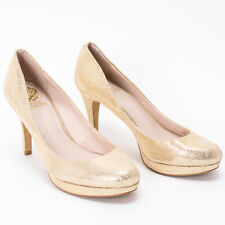 Vince Camuto Light Gold Round Toe Heels Size 8