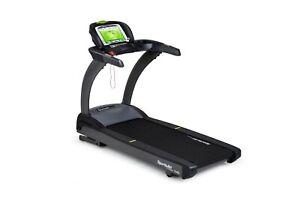 SportsArt T645L Performance Treadmill   Commercial Treadmill