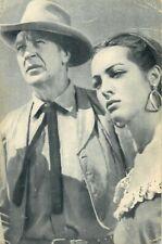 Actors Gary Cooper and Sarita Montiel postcard