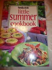 FAMILY CIRCLE mini cookbook Little Summer Cookbook EUC