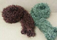 Dos Fluffy Bufandas Verde Marrón Cálido < J2901