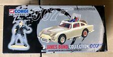 Corgi 04201 James Bond Aston Martin DB5 & Oddjob Goldfinger Figure