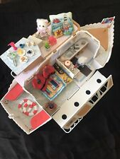 SYLVANIAN FAMILIES MARITA MAY PLEASURE BOAT Fully Decorated & ACCESSORIES VGC