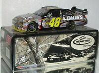 2009 Jimmie Johnson #48 LOWE'S REAL TREE AUTOGRAPHED 1/24 car#144/812 AWESOME