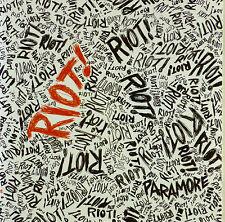 CD-Paramore-Riot! - a 665
