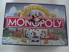 MONOPOLY  DELUXE EDITION Gold Tone Pieces & Wooden Houses 1998 Complete