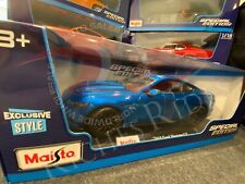 Maisto 1:18 Scale Special Edition Diecast Model - 2015 Ford Mustang GT (Blue)