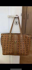 MCM Shopper Tasche LIZ Wendeshopper Handtasche cognac braun gold Medium