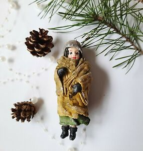 Spun Cotton Ornament. A woomen  Handmade Christmas Tree Toy