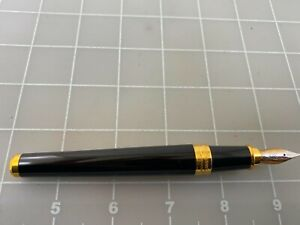 Judd's Very Nice S.T. Dupont 18Kt. Gold Medium Nib & Barrel