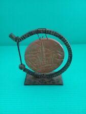 Gong en cuivre - Socle métal noir - Lourdes