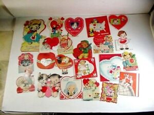 LOT #1: GROUP OF 22 VINTAGE VALENTINE DAY CARDS - SOME ARE MECHANICAL.