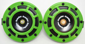 A Pair of Universal 12V5 Compact Super Tone Loud Blast Grill Mount Horn in Green