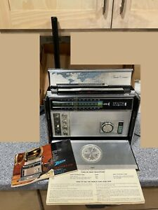 Working Zenith Trans-Oceanic R-7000-1 Multi-band Radio with guide Strong sound!