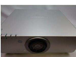 Panasonic PT-D6000US DLP runtime 25460 H. /Lamp1. 668H /Lamp2. 668H / W Lens