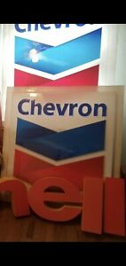1990s Chevron gas station signs- local pickup free
