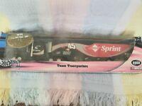Hot Wheels NASCAR Sprint Team Transporter 2002 Kyle Petty #45