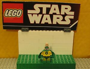 "SPONGEBOB  LEGO  MINIFIGURE  MINIFIG     ""  PATRICK THE SUPER HERO    3815   """