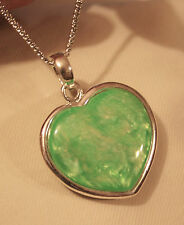 Lovely Sculpted Grass Green Marble Acrylic Heart Silvertone Pendant Necklace