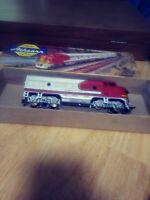 Ho scale athearn  santa fe locomotive passenger series. 1A