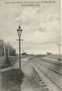 Edwardian vintage postcard: The Most Southerly Gas Lamp in the World, N.Z.