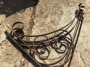 Rustic wrought Iron hanging flower basket hooks shelfs wall Bracket Support X 2