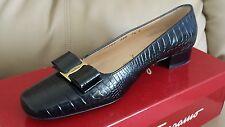 SALVATORE FERRAGAMO Black Crocodile Leather Classic Gold Vara Bow Flats 7,5B NEW