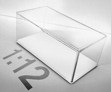 Teca in plexiglass Scala 1:12 fondo bianco