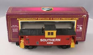 MTH 20-91009 Southern Extended Vision Caboose with Painted Roof LN/Box