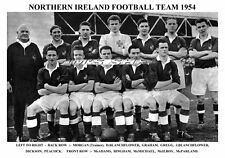 NORTHERN IRELAND FOOTBALL TEAM PRINT 1954 (BINGHAM/McILROY/GREGG/McPARLAND)