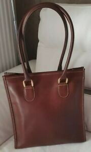 MANFIELD   sac  à main  en cuir  couleur chocolat