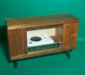 VINTAGE DOLLS HOUSE BARTON RECORD PLAYER RADIOGRAM 16th LUNDBY SCALE